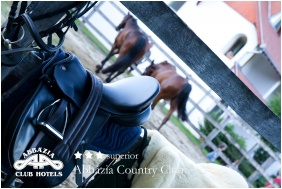 Abbazia Country Club, Horse riding