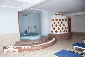 Pezsgőfürdő, Abbázia Country Club, Nemesnép