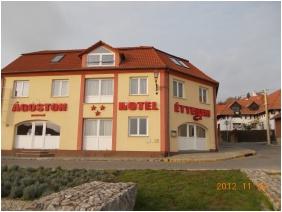 Exterior view, Agoston Hotel, Pecs