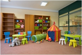 Playing room for children, Hotel Alfold Gyongye, Oroshaza