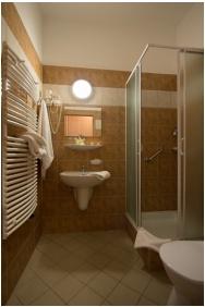 Hotel Alfold Gyongye, Bathroom