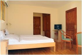 Ametiszt Hotel, Family Room