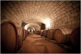 Angyal Inn Wine & Spa, Building - Ratka
