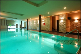Anna Grand Hotel Wine & Vital, Swimming pool - Balatonfured