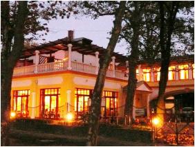 Hotel Anna Villa,  - Balatonföldvár
