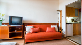 - Apartman Hotel