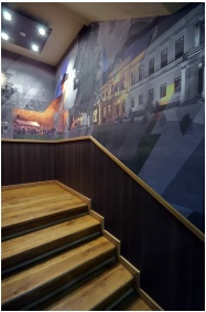 Aqua Hotel, Gyula, Lépcső