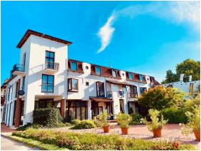 Hotel Aqua, Exterior view - Kistelek