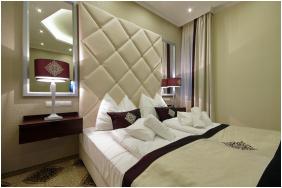 - Arcanum Hotel