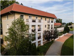 Arcanum Hotel, Building