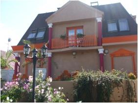 Garten - Hotel Attila
