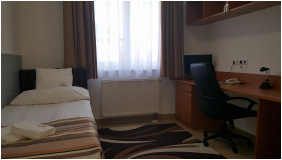 Auguszta Hotel, Debrecen, szobabelső