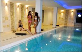 Swimming pool, Hotel Aurora, Miskolctapolca
