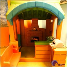 Hotel Aurora, Playing room for children