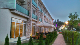 Hotel Aurora, Miskolctapolca, Terrace
