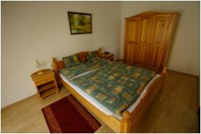 Pension Bacchus, Eger, Family Room