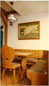 Pension Bacchus, Restaurant