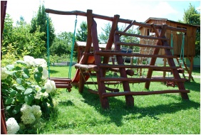 Pension Bacchus, Eger, Playground