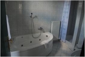 Pension Bacchus, Bathroom - Eger