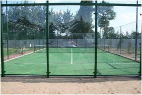 Bagolyvár Étterem & Vendégház & Wellness, Teniszpálya