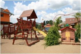 Bagolyvár Étterem & Vendégház & Wellness, Játszótér - Inárcs