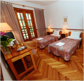 Hotel Bakony, Kétágyas szoba