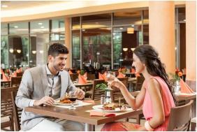 Étterem, Balneo Hotel Zsori Thermal & Wellness, Mezôkövesd