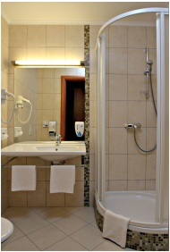 Hotel Aquarell, Ceğled, Bathroom