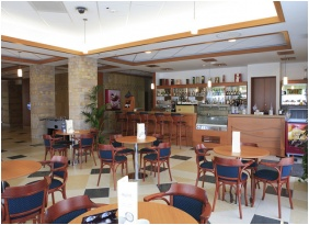 Coffee shop, Hotel Aquarell, Ceğled
