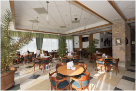 , Hotel Aquarell, Cegléd