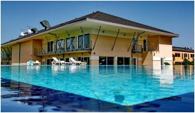 Outsıde pool
