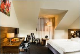 Tetőtéri szoba - Bodrogi Kúria Wellness Hotel
