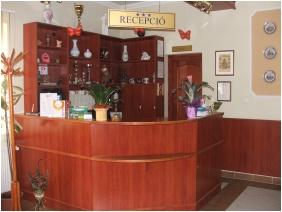 Boglarka Pension & Apartments, Reception