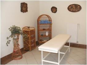 Boglarka Pension & Apartments, Massage
