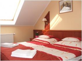 Twin room - Boglarka Pension & Apartments