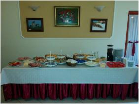 Boglarka Pension & Apartments,