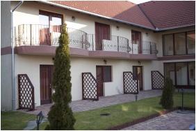 Boni Családi Wellness Hotel, Terasz - Zalakaros