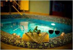 Boni Családi Wellness Hotel, Udvar