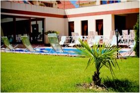 Boni Családi Wellness Hotel, Udvar - Zalakaros