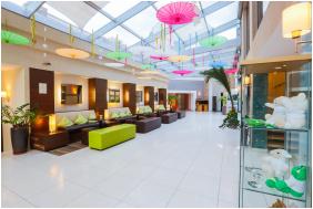 CE Plaza Hotel,  - Siófok