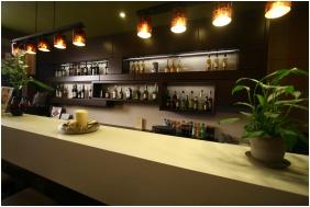 Central Hotel 21, Bar
