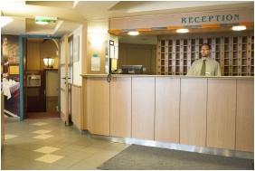 Reception - City Hotel Matyas