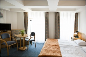 Twin room, City Hotel Matyas, Budapest