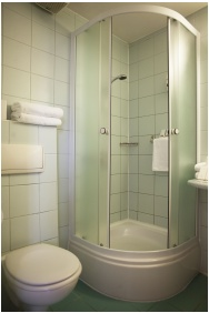 Bathroom, City Hotel Matyas, Budapest