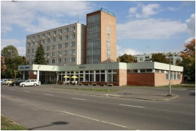 Hotel Phonix, Exterior view