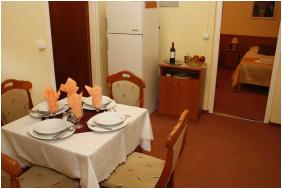 , Hotel Phonix, Tiszaujvaros