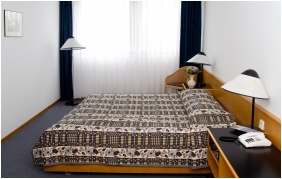 Hotel Club Tihany, Twin room