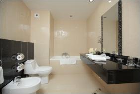 Colosseum Wellness Hotel, Morahalom, Bathroom
