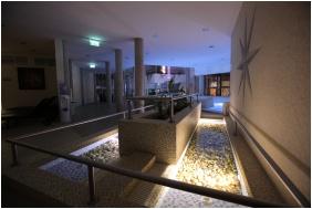 Colosseum Wellness Hotel, Mórahalom, Kneipp taposómedence