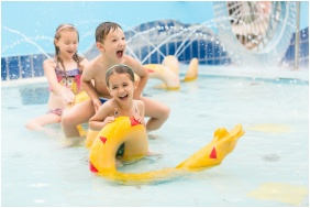 Colosseum Wellness Hotel, Children's pool